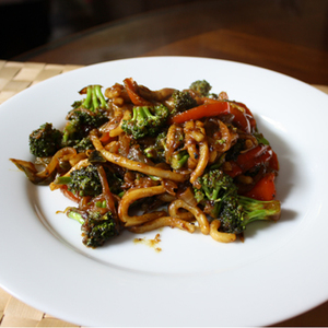 Dinner Tonight: Curried Udon Noodle Stir-Fry