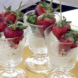 Grilled Strawberries Ala Mode